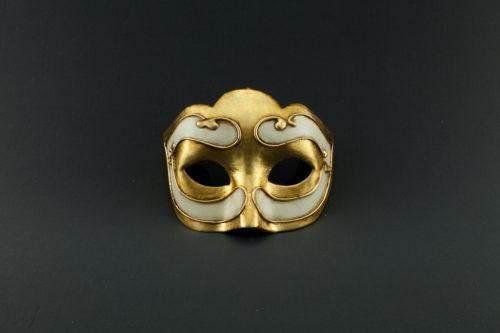 colombina little gold mask