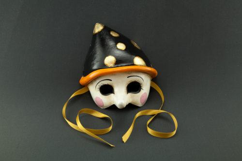 pinocchio with black hat