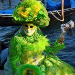 mask green light